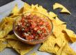 Frische Tomaten-Salsa mit Pfefferschoten