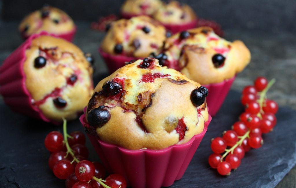 Johannisbeer-Muffins mit Joghurt | Toastenstein