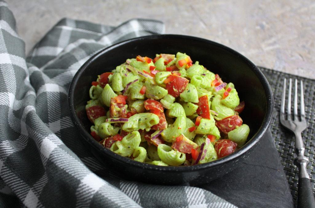 Simpel und gut - Guacamole-Pasta-Salat