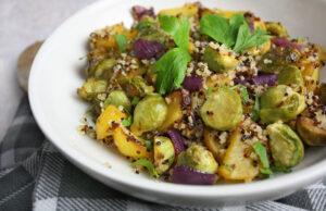 Warmer Kartoffelsalat mit Rosenkohl