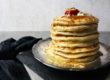 Pancakes mit Mandel-Joghurt