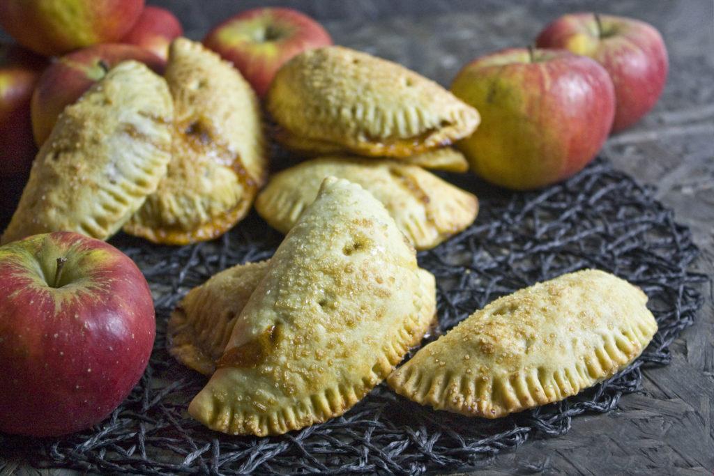 Hand Pies – Handkuchen mit Apfel-Karamell-Füllung | Toastenstein