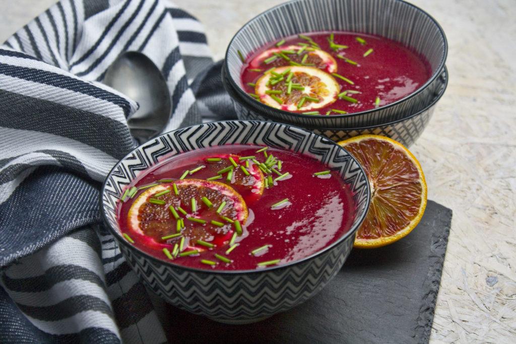Rote Bete-Suppe mit Blutorangen | Toastenstein