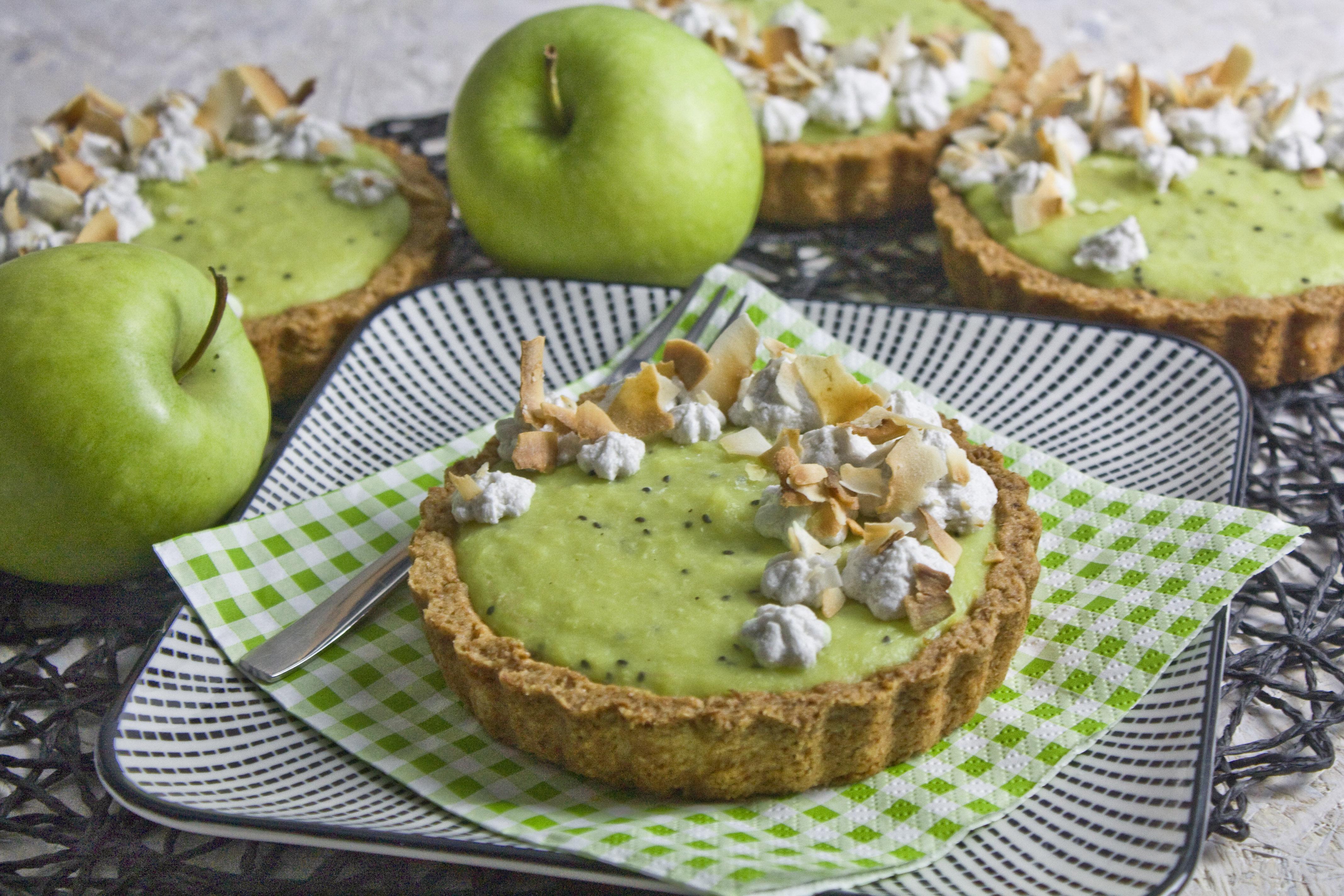 Apfel-Kiwi-Tartelettes mit Kokosmilch
