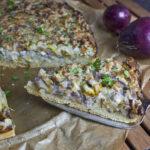 Zwiebel-Lauch-Kuchen mit Cashew-Creme