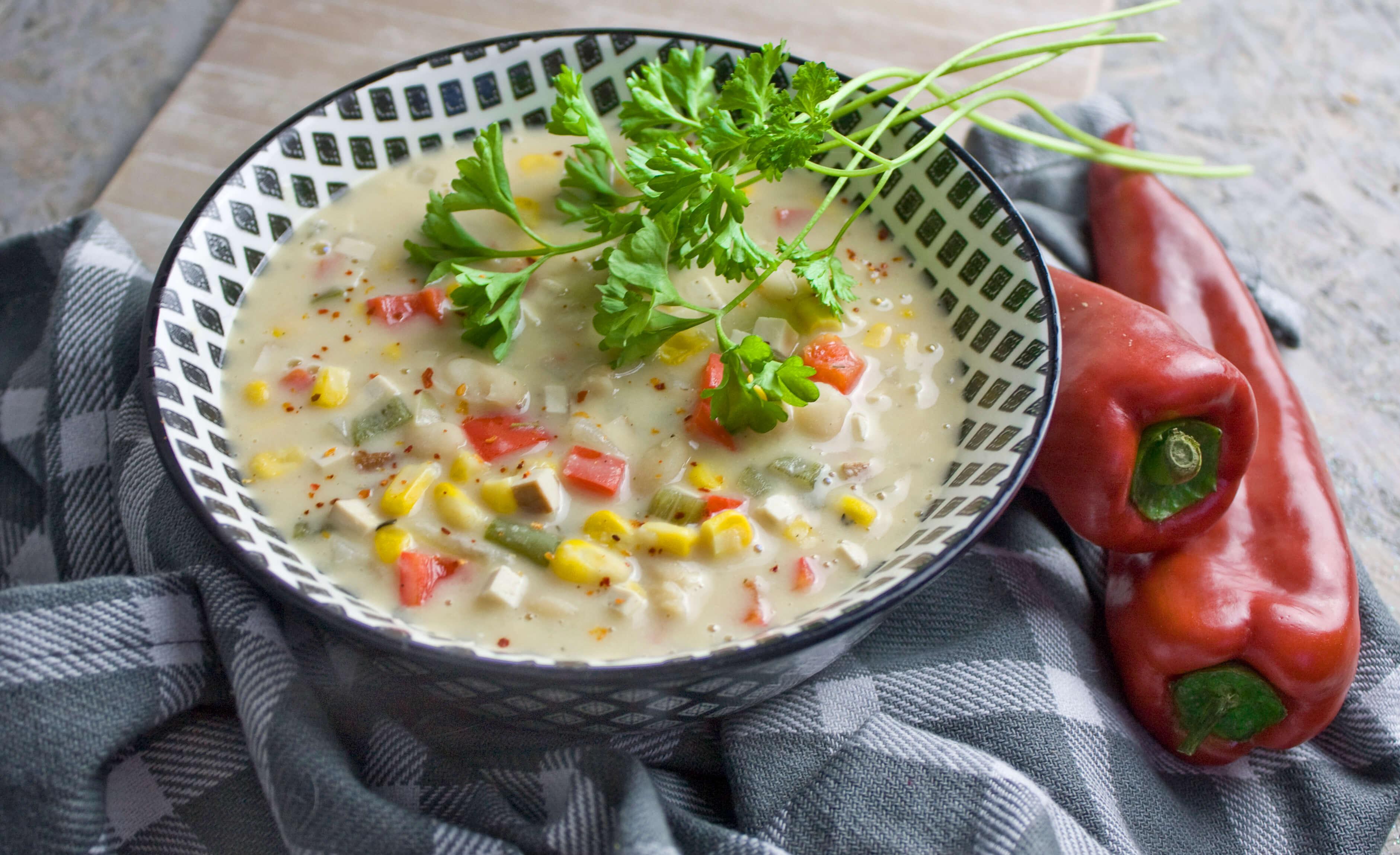Weißes Chili sin Carne mit Räuchertofu