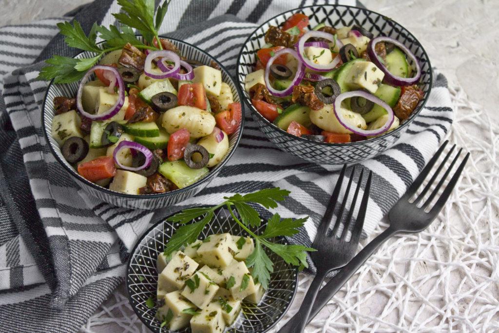 Gnocchisalat mit Kichererbsen-Feta | Toastenstein