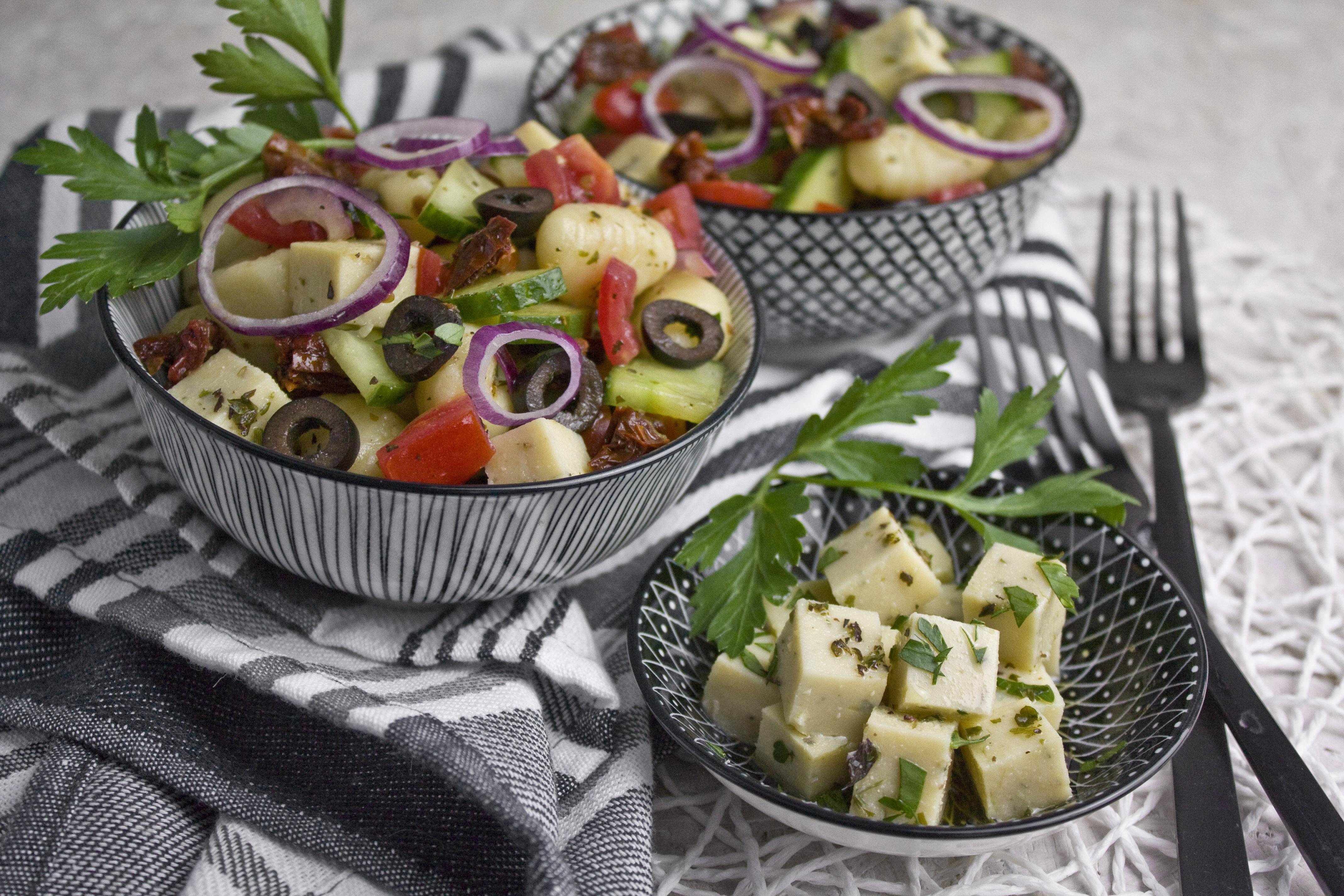 Gnocchisalat mit Kichererbsen-Feta