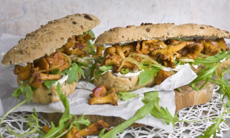 Herbstküche! - Pfifferling-Baguettes mit Tofucreme