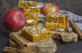 Saftige Apfel-Kürbis-Blondies