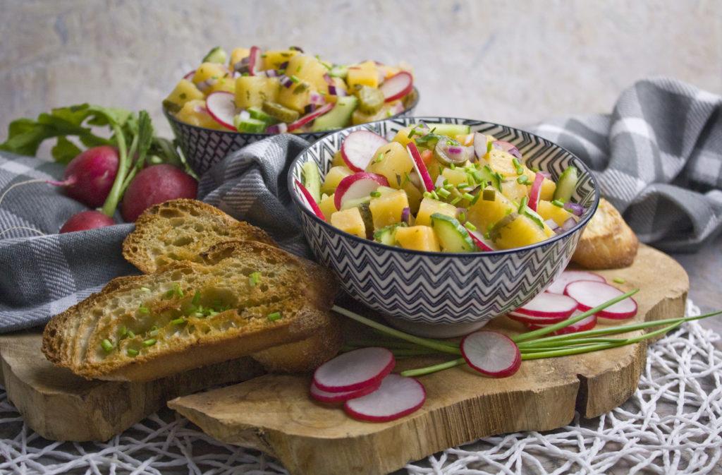 Steckrüben-Salat mit Radieschen | Toastenstein