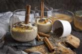 Chai-Chia-Pudding mit Joghurt und Apfelmus
