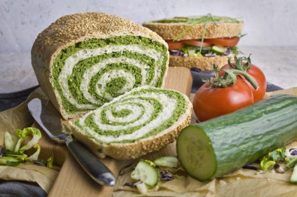 Twister-Toast mit Spinat und Frühlingszwiebeln