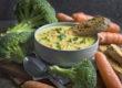 Vegane Brokkoli-Käse-Suppe mit Möhren