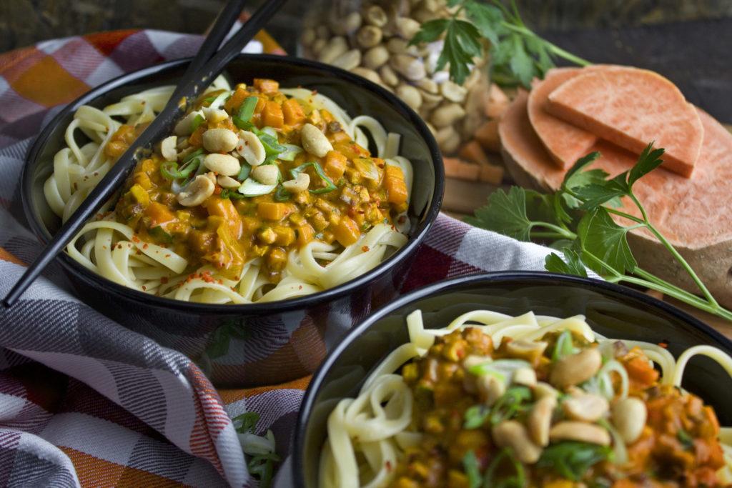 Asia-Bolognese mit Süßkartoffeln und Karotten | Toastenstein