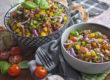 Mediterraner Linsensalat mit Tomaten und Basilikum | Toastenstein