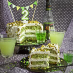Happy Birthday! Absinth-Pistazien-Torte mit weißer Schoko-Mousse | Toastenstein