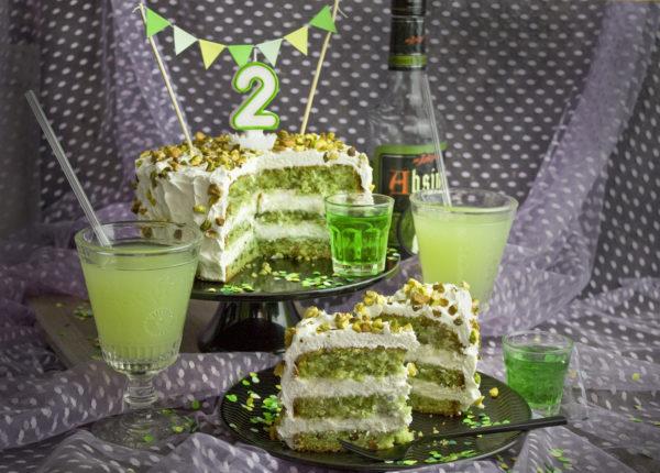 Happy Birthday! Absinth-Pistazien-Torte mit weißer Schoko-Mousse | Toastenstein