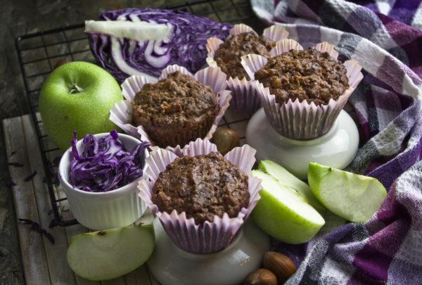 Apfel-Rotkohl-Muffins mit Haselnüssen   Toastenstein