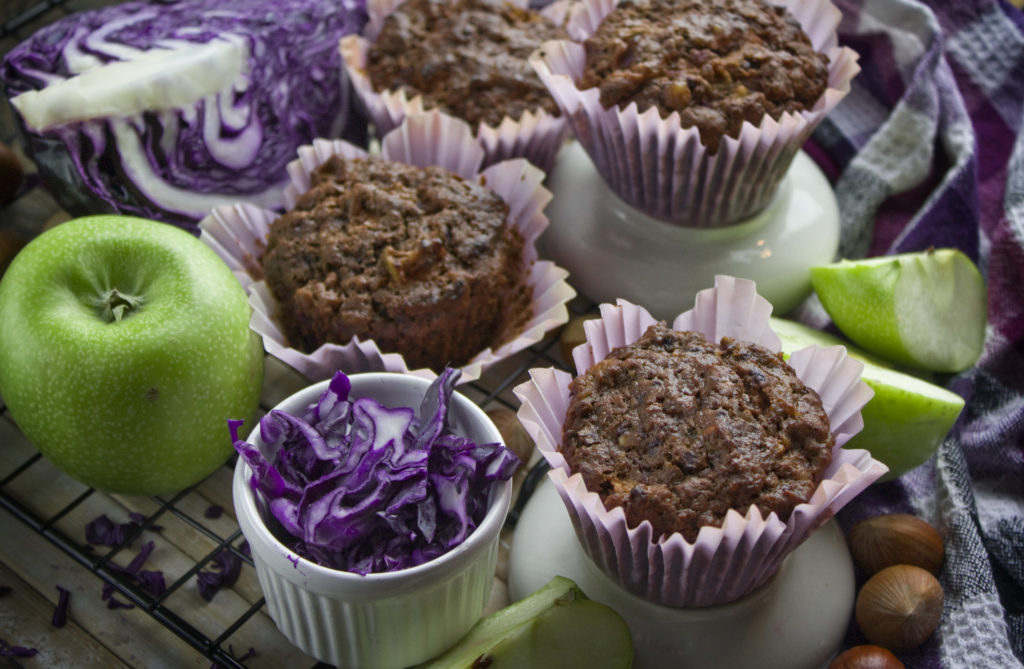 Apfel-Rotkohl-Muffins mit Haselnüssen | Toastenstein