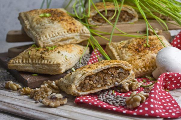 Herzhafte Linsen-Nuss-Strudel mit Pilzen   Toastenstein