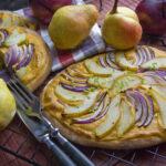 Kürbis-Pekan-Dessert mit Kekskrümeln