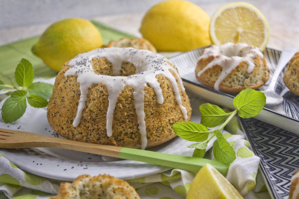 Einfache Zitronen-Mohn-Gugelhupfe   Toastenstein