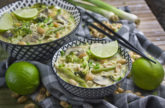 Erdnuss-Ramen-One Pot mit Brokkoli und Bohnen