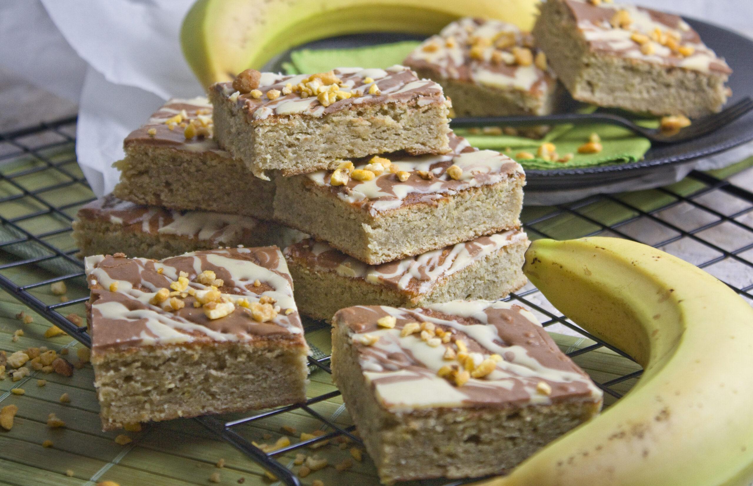 Bananen-Blonies mit weißer Schokolade | Toastenstein
