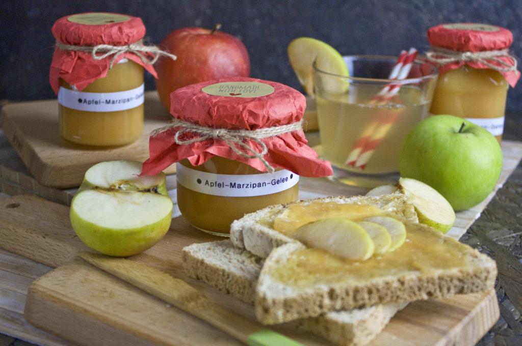 Apfel-Marzipan-Gelee mit Orange | Toastenstein
