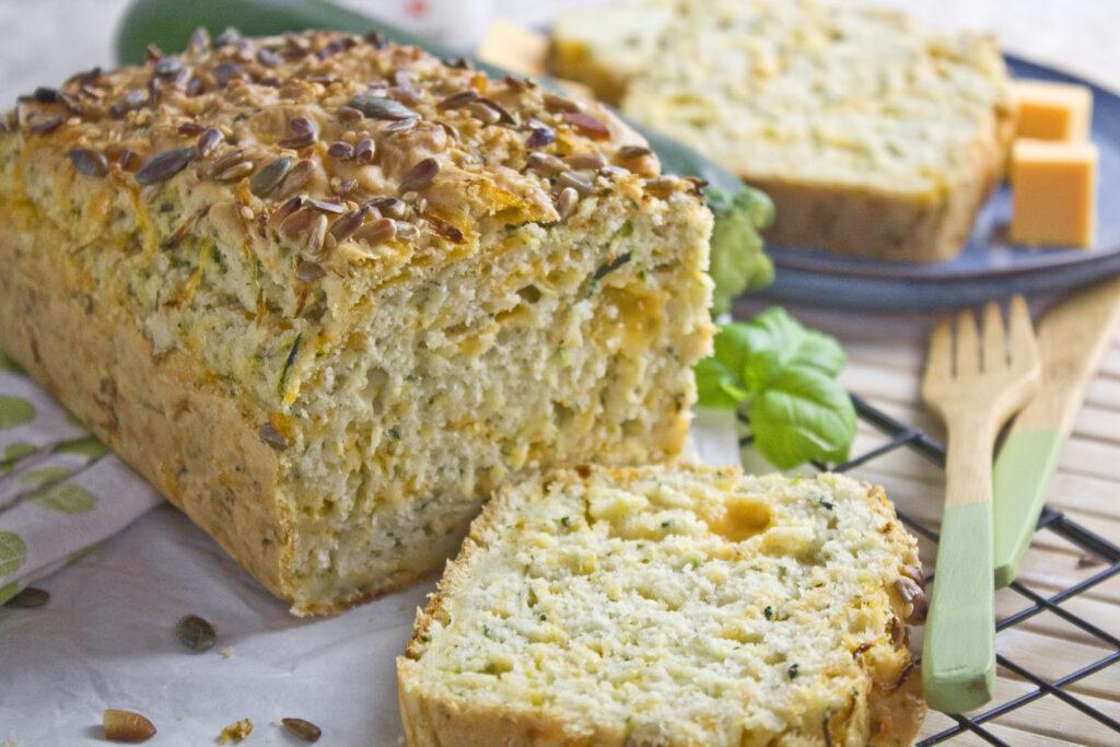 Herzhafter Zucchini-Cheddar-Kuchen   Toastenstein
